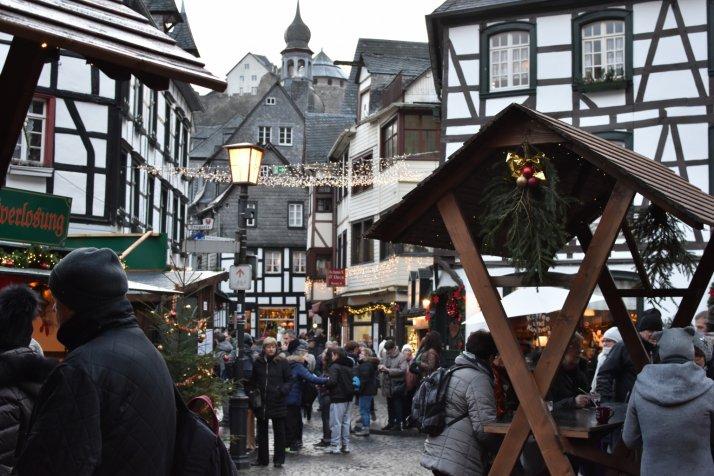 Aussteller Weihnachtsmarkt.Monschauer Weihnachtsmarkt Stadt Monschau