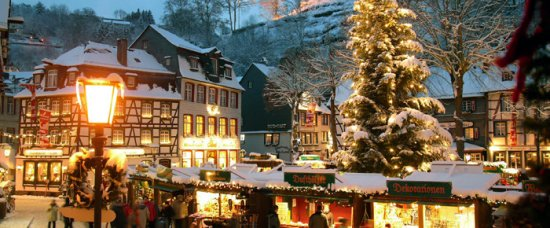 Christmas Village In Germany.Christmas Market City Of Monschau